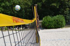 Einen Sportverein für Kinder finden, Volleyball ist eine Option