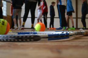 Ein Sportverein für Kinder kann auch Tennis sein