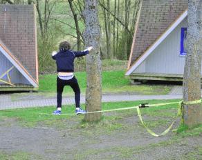 Sportcamps bei Stuttgart Slackline