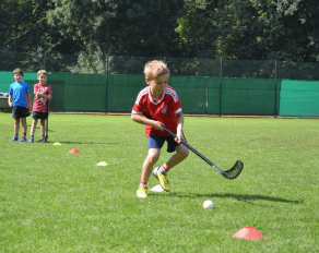 Kinder Hockey