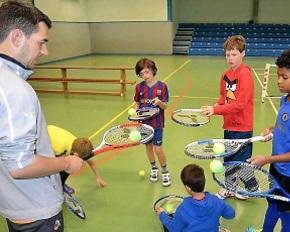 Tennis - eine der beliebtesten Sportarten für Kinder und Jugendliche